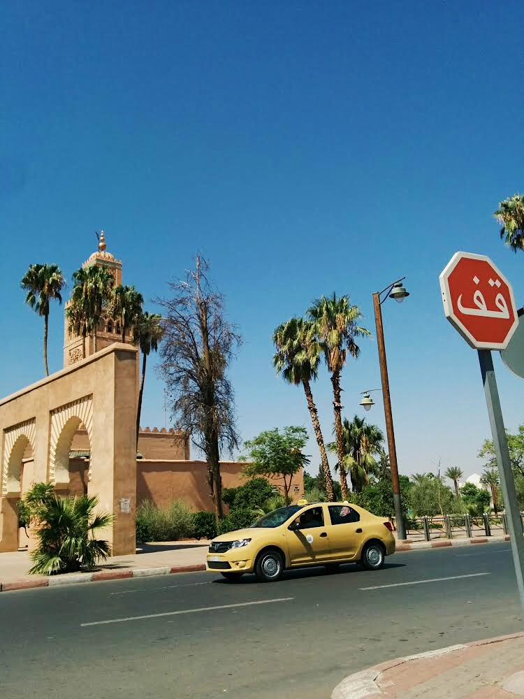 Marrakech taxi driver by lolanoviajasola