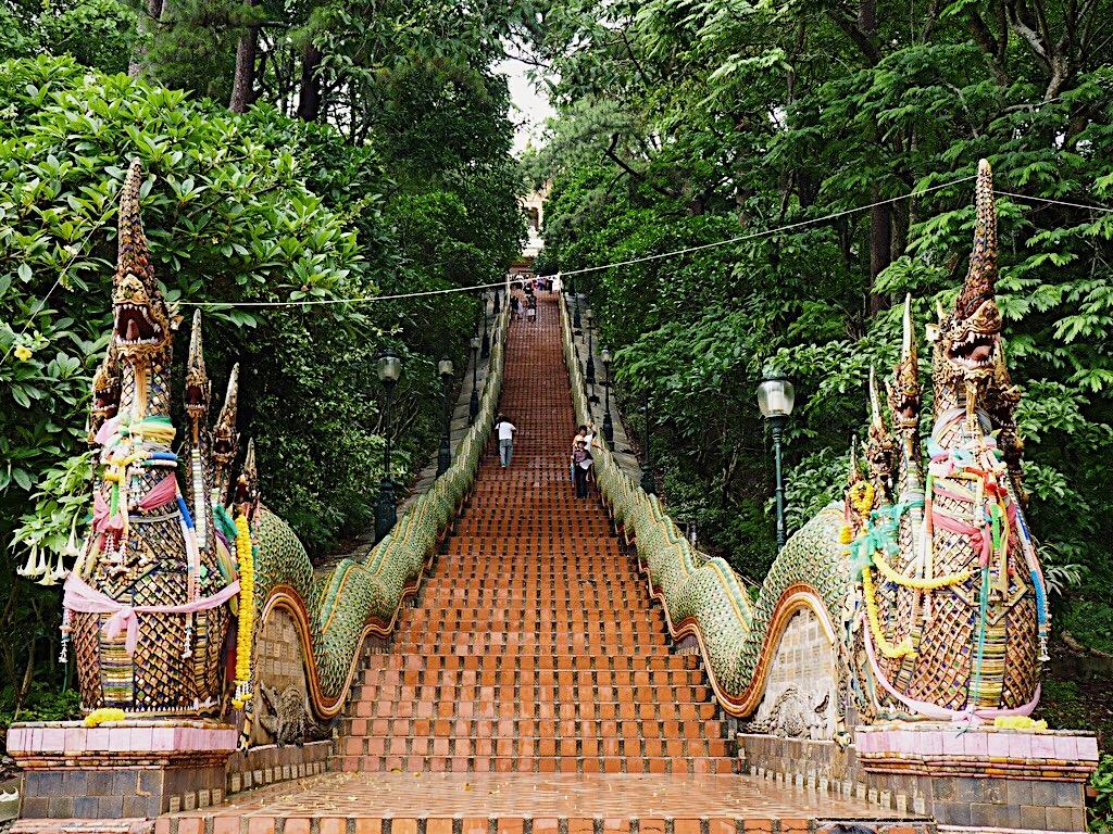 lolanoviajasola chiang mai tailandia