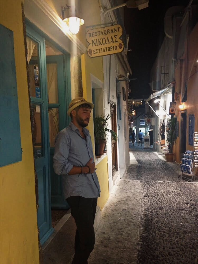 Cena en Santorini by Lolanoviajasola