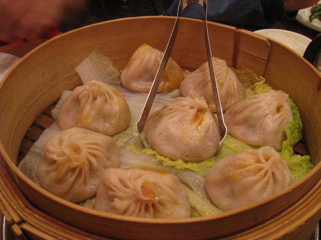 Lolanoviajasola Dumpling Joe Shangai New york