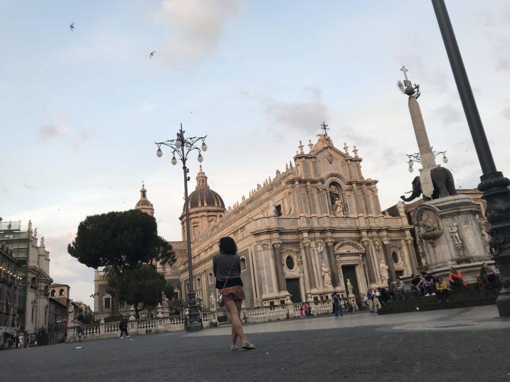 lolanoviajasola Catania