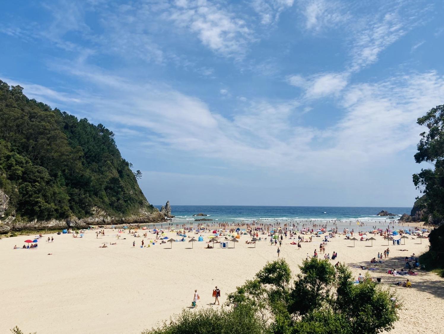 lolanoviajasola asturias playa españa